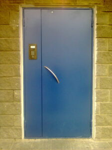 домофонные двери