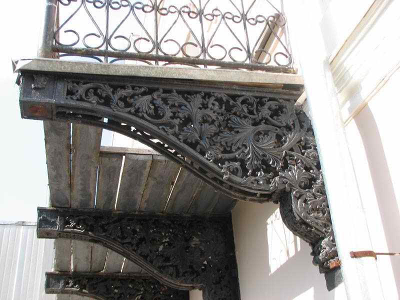 чем лоджия отличается от балкона