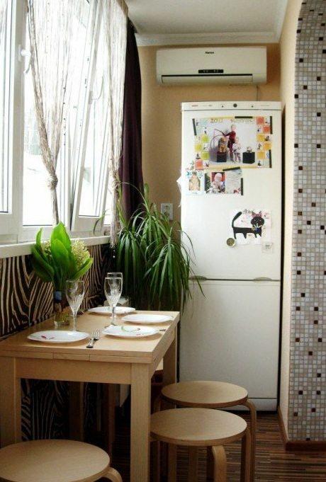 как сделать на балконе кухню