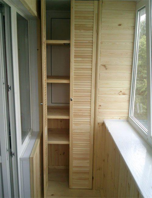 как сделать шкаф на балконе самому