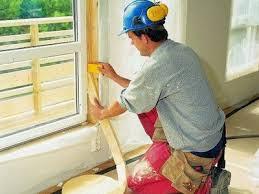 Как утеплить пластиковое окно - заполнение щели монтажной пеной
