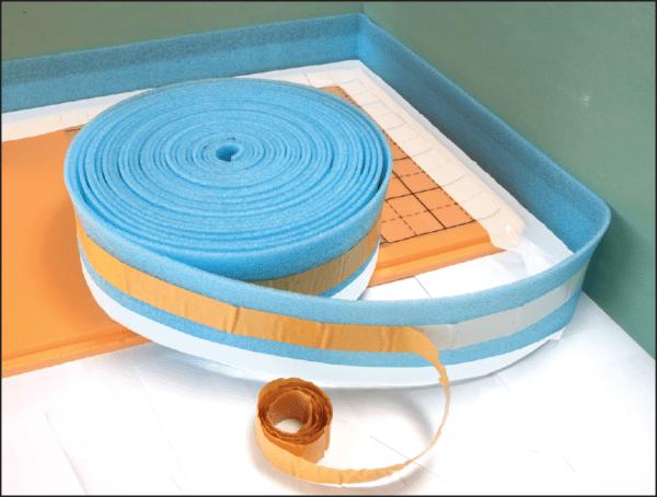Лента позволяет исключить повреждение стяжки при температурных расширениях конструкции