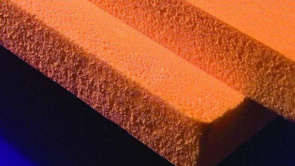 Мелкопористая структура делает материал теплым и особенно прочным.