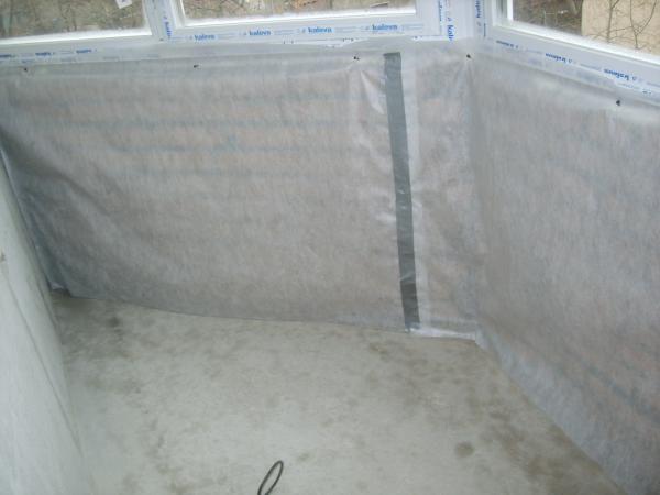 Мембрана закрепится при монтаже обрешетки на стену