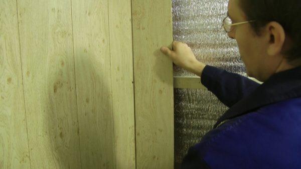 На фото: МДФ панель для стен – экологичный материал для внутренней отделки