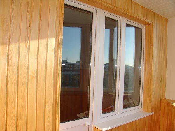 отделка внутри балкона