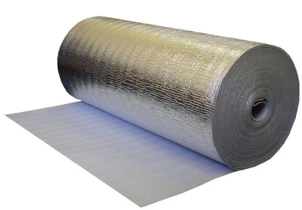 Пенофол позволяет отражать тепло от стен обратно в помещение
