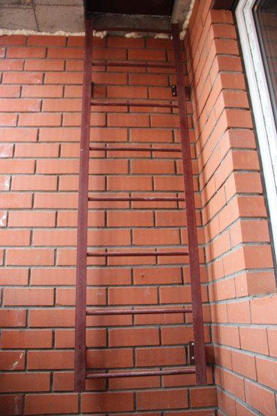 Переделка наклонной лестницы в вертикальную