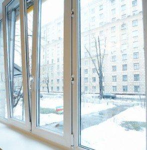Пластиковые окна тоже нужно утеплять: фото