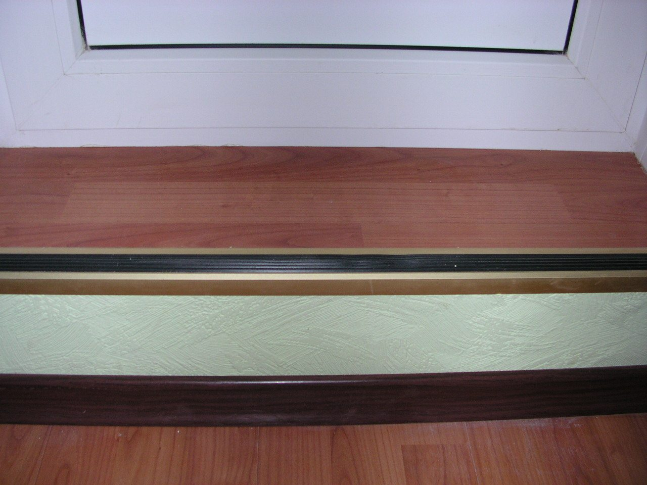 пороги на балкон