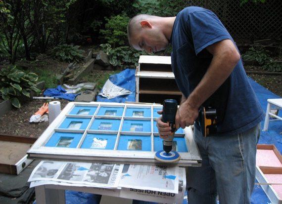 Зачистка поверхности с использованием шлифовальной насадки на дрель