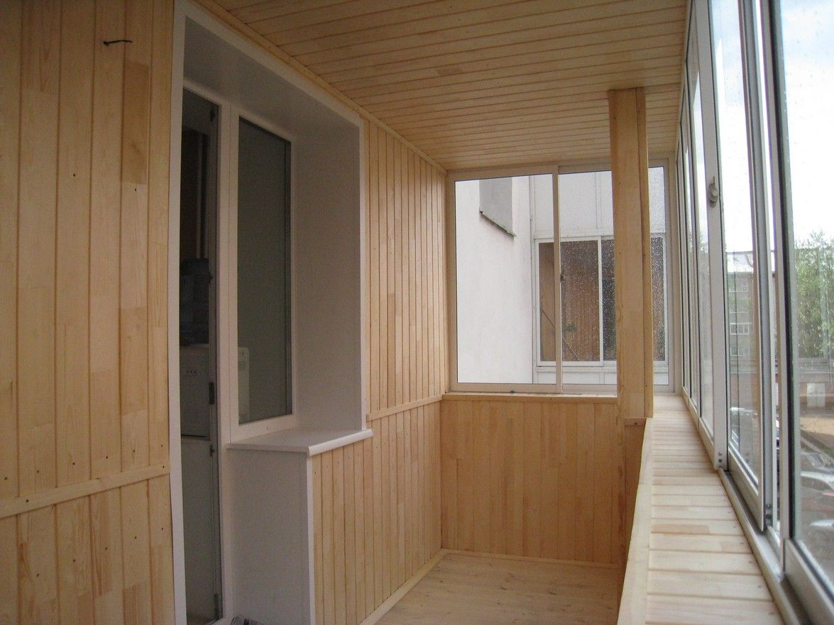 чем обшить балкон внутри