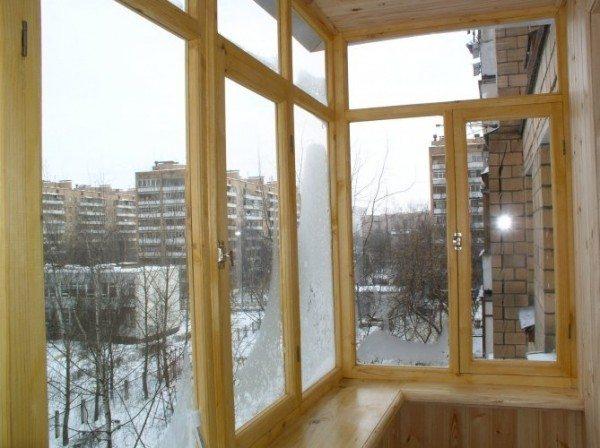 Балконы и лоджии остекление деревом