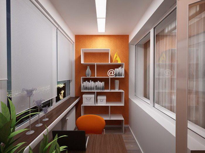 Оснащение рабочего кабинета на балконе