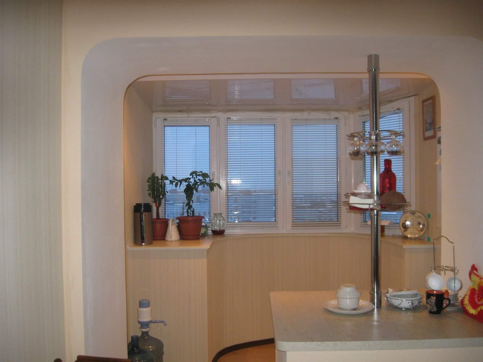 Дизайн кухни с балконом или лоджией - 25 фото идей обустройс.