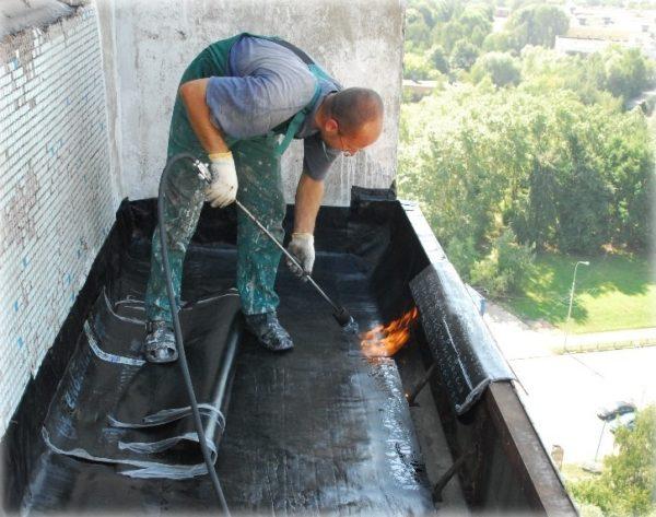 Герметизация плиты со стороны крыши