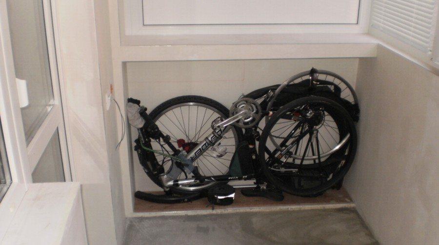Хранение в полуразобранном состоянии велосипедов на балконе