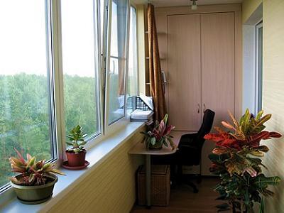 Многофункциональный утепленный балкон с местом для хранения овощей