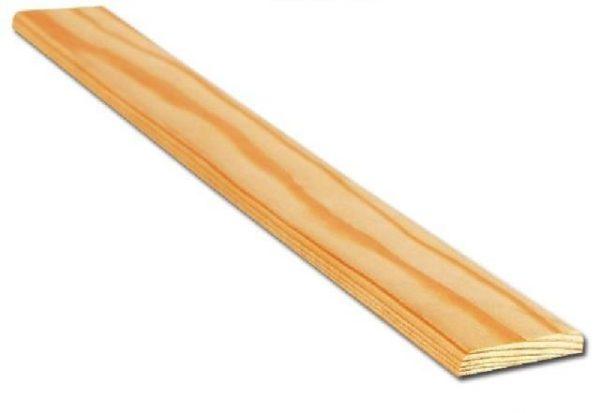 Изделия из дерева плохо сочетаются с окнами ПВХ, поэтому используются нечасто