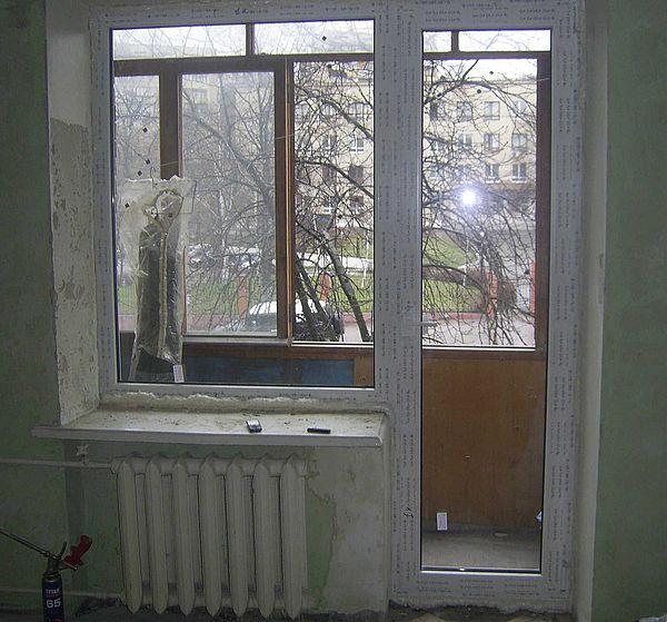 Устройство выхода на балкон