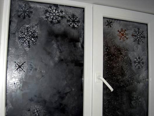 Снежинки на окнах – красиво и совершенно просто