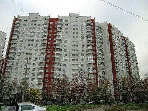В этом доме есть и лоджии и балконы