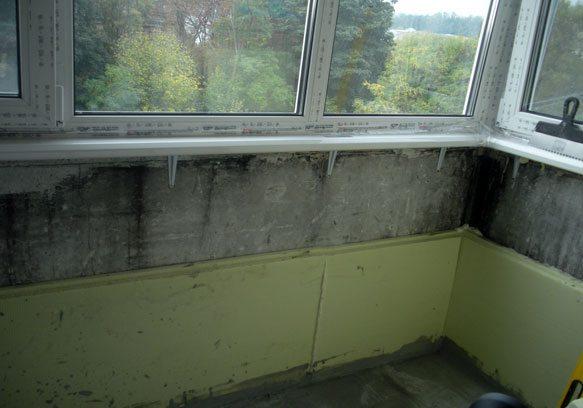 На фото показано крепление утеплителя на стены