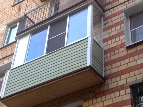 Нащельники на углах и стыках балкона