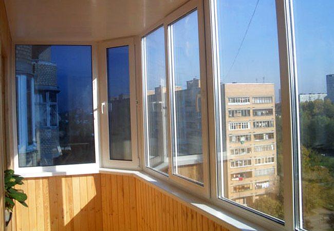 Пример теплого остекления на балконе
