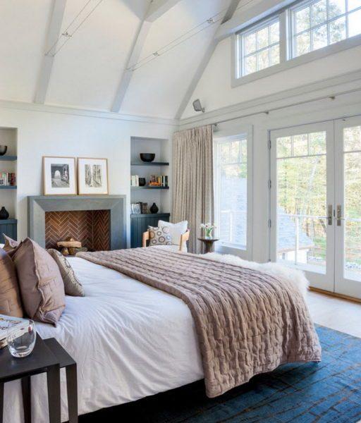 Остекление от пола до потолка позволяет насладиться красотой природы