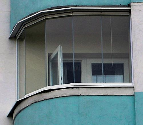 Остекление полукруглого балкона - панорамное: фото и видео.