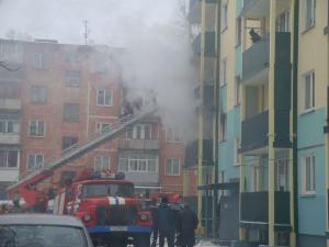 Эвакуация жильцов верхних этажей с помощью раздвижной лестницы
