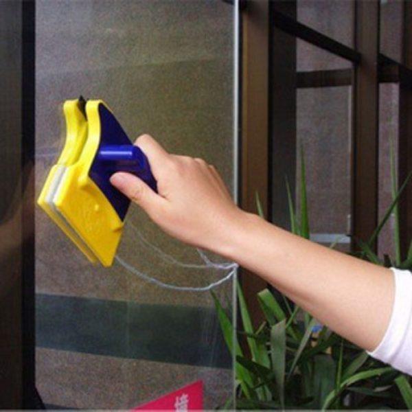Приспособление работает как положено только с одинарными стеклами и тонкими стеклопакетами