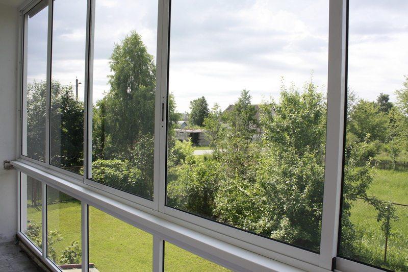 Французские окна на балкон: особенности оформления.