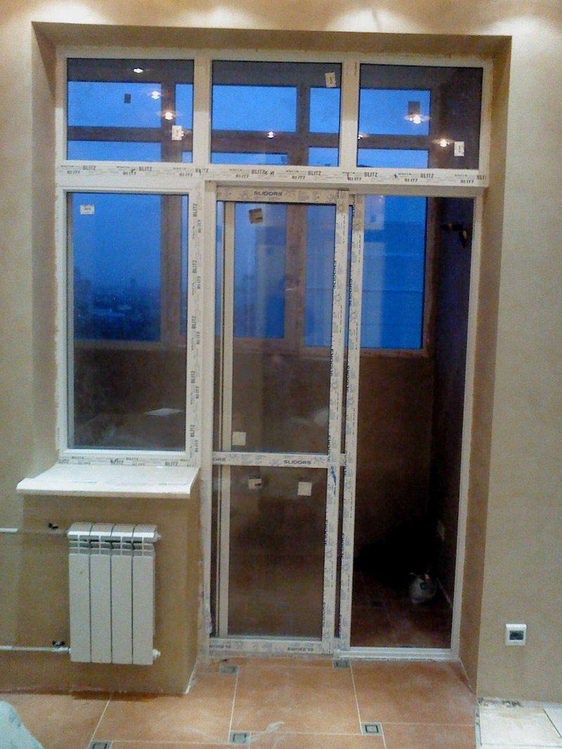 Французские стеклянные двери на балкон распашные цена..
