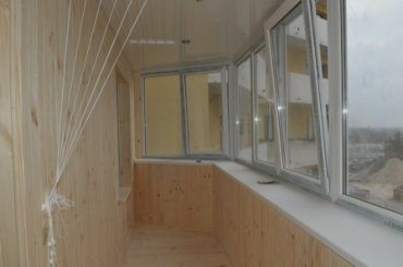 Ремонт балкона: дизайн необходимо оформлять только после остекления и тщательного утепления балкона