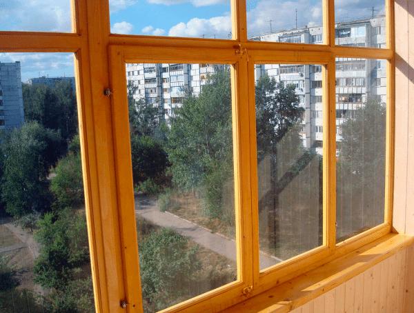 Современные деревянные рамы могут быть красивыми и более долговечными по сравнению с привычными нам конструкциями