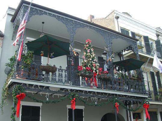 Чугунная решётка на балконе в Новом Орлеане