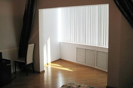 соединение комнаты с балконом