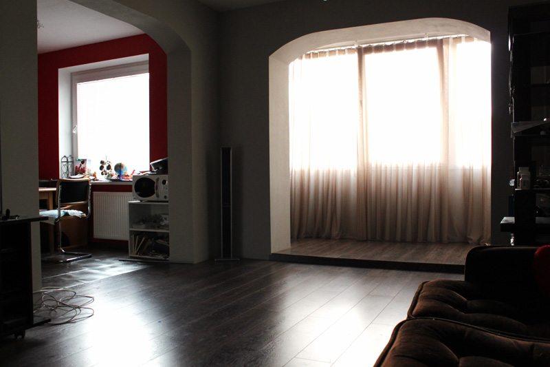 Объединяем гостиную и балкон отделка проема гипсокартоном..