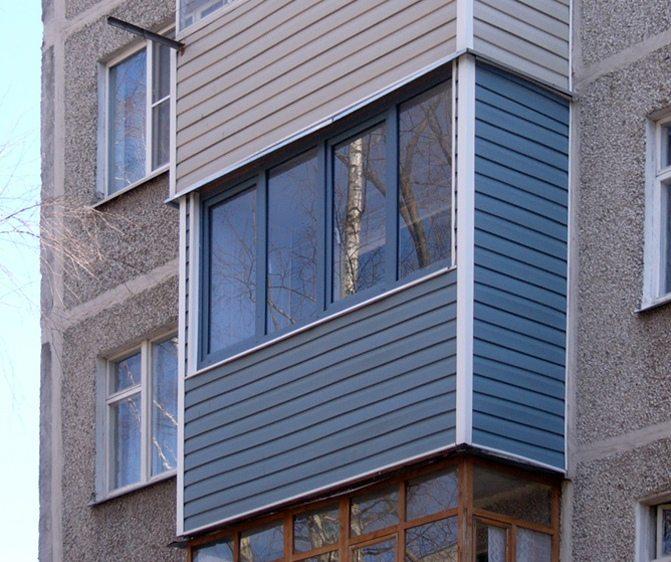 Балконы, облицованные сайдингом