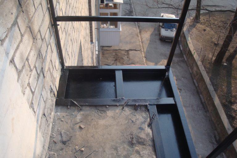 Французские окна для балкона или лоджии: инструкция по монта.