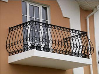 Пример отдельно возведенного балкона