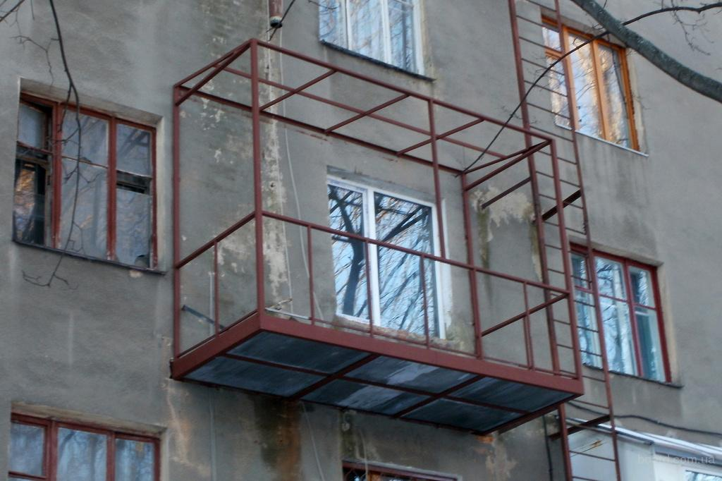 увеличить балкон