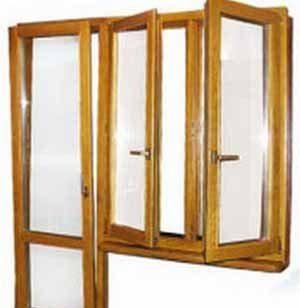 В деревянном доме потеют окна, значит надо выяснить причину этой оказии и она, скорее всего, не в конструкции