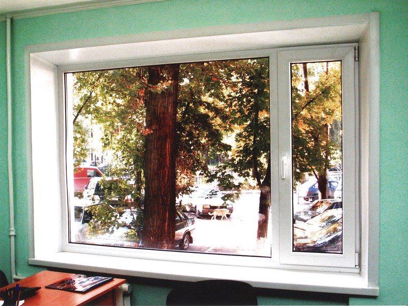 В итоге цена всех усилий выражается в полной конструктивной гармонии всего оформления окна – от рамы до подоконника и откоса